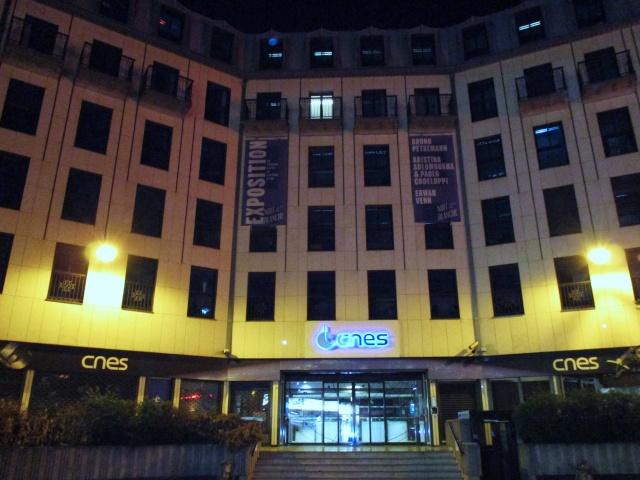 [Exposition] Nuit Blanche 2015 au siège du CNES / INterDEPENDANCE / du 3 au 4 octobre 2015 Img_3210