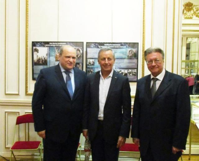 [Exposition] 50ème anniversaire de la sortie de Leonov - Paris du 8 au 10 octobre 2015 - Centre Culturel de Russie  Russie10