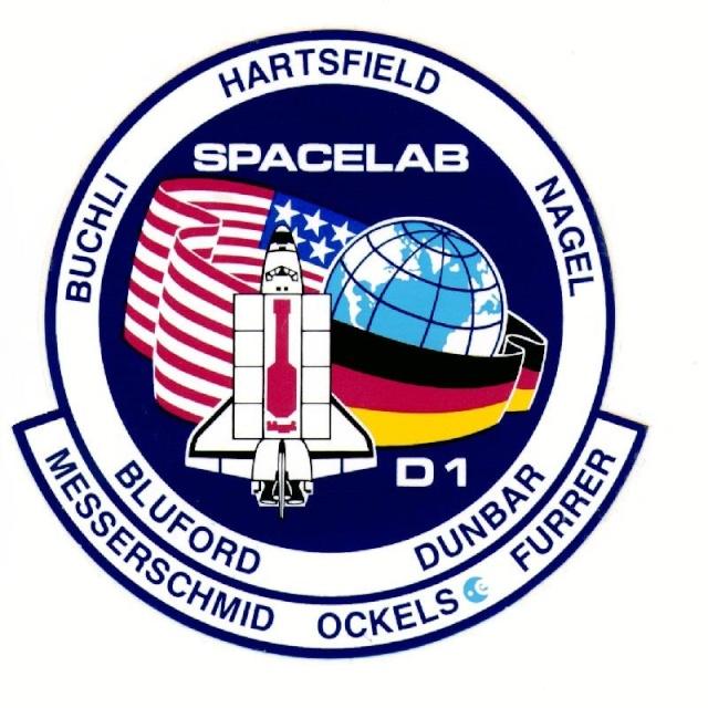 STS-61A / 30 ème anniversaire Sts-6110