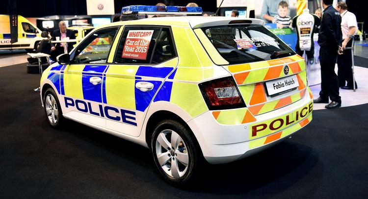 Skoda au service de la police - Page 4 Skoda-11