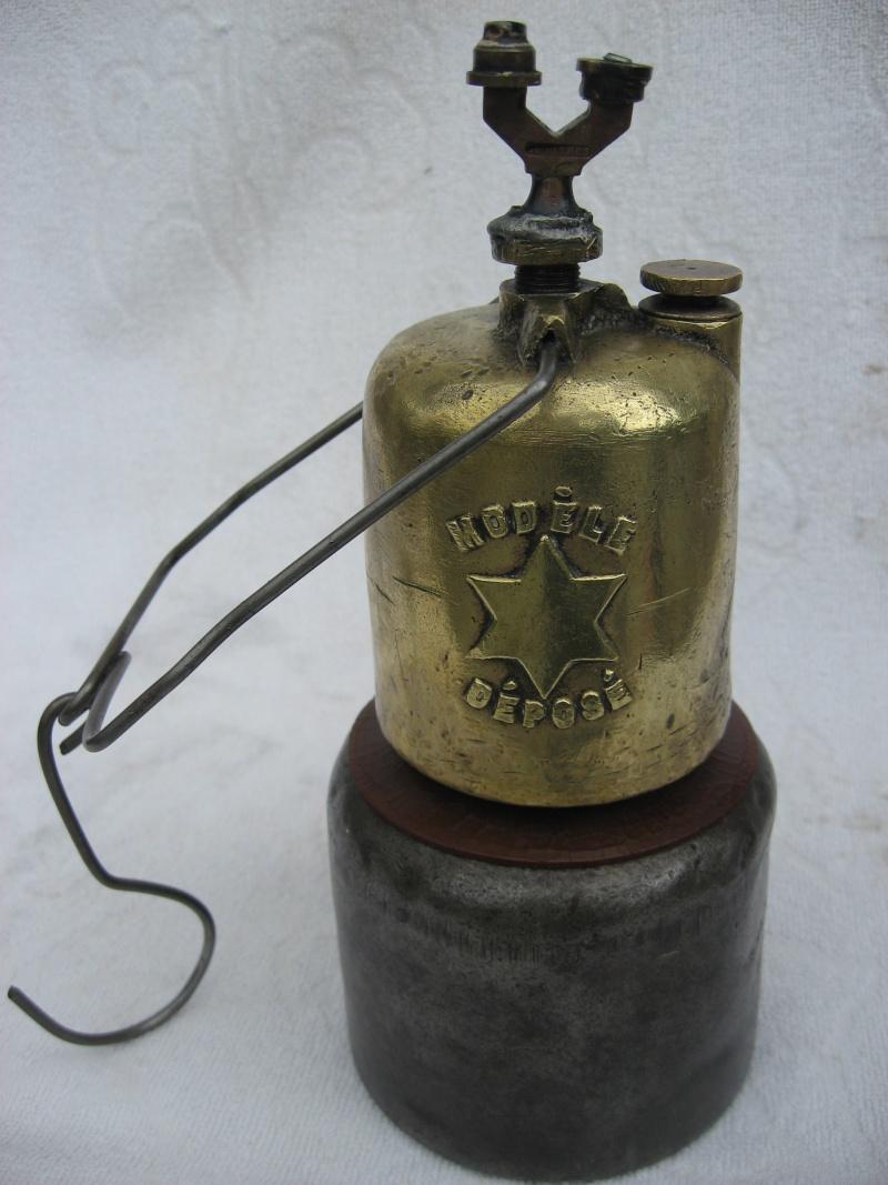 lampes de mineurs,  divers objets de mine, outils de mineur et documents  - Page 2 00318