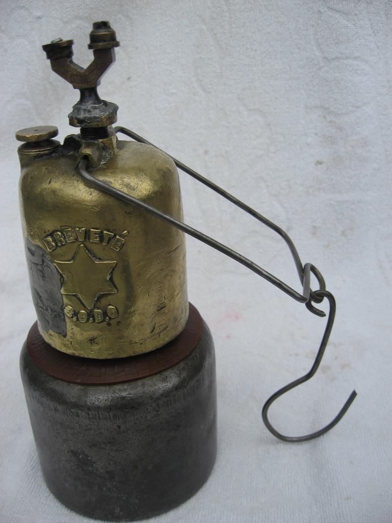 lampes de mineurs,  divers objets de mine, outils de mineur et documents  - Page 2 00414