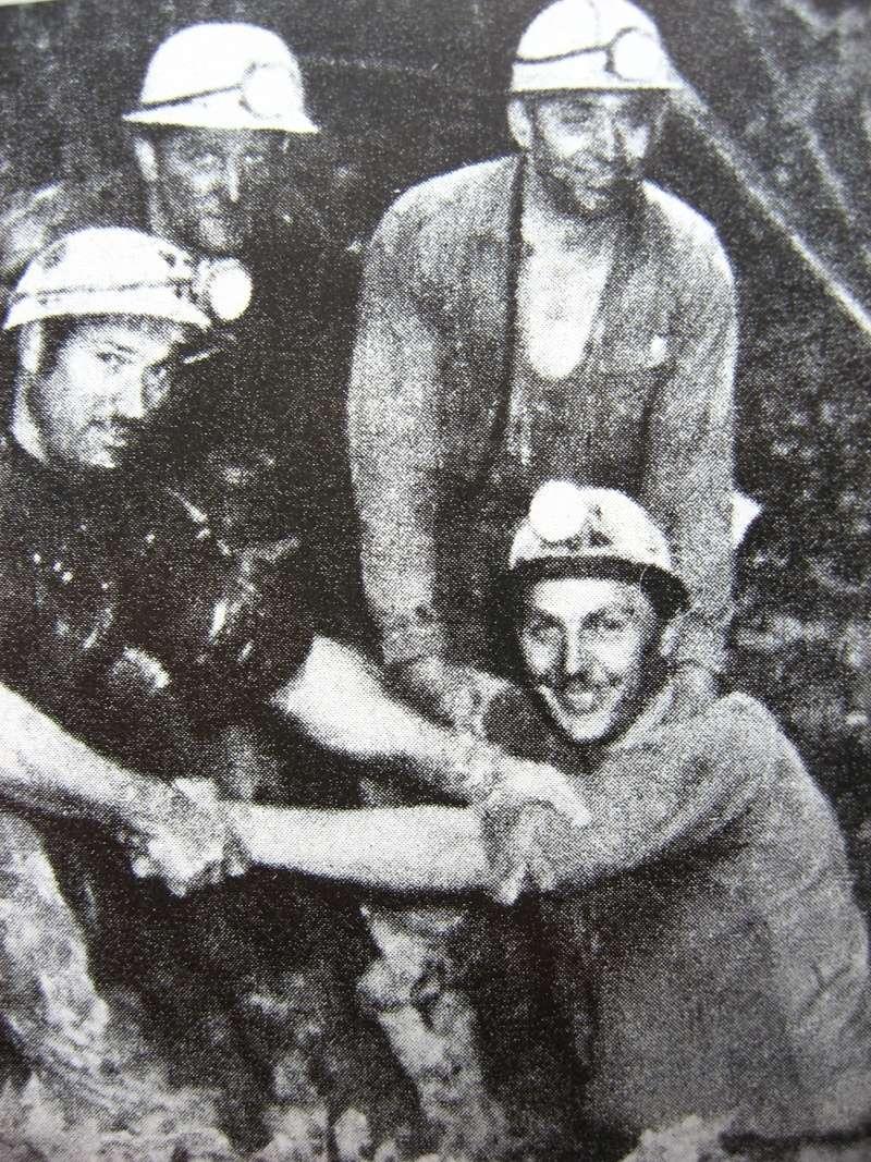 le patrimoine minier - Page 5 00813