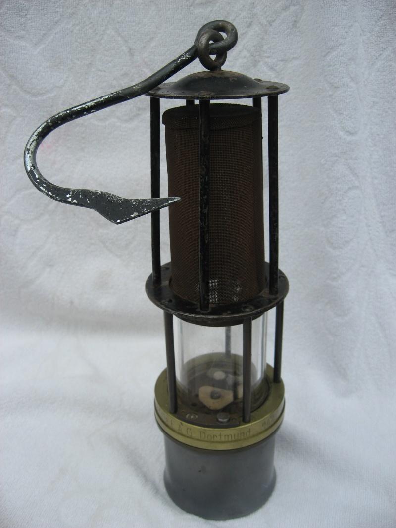 lampes de mineurs,  divers objets de mine, outils de mineur et documents  - Page 2 01413