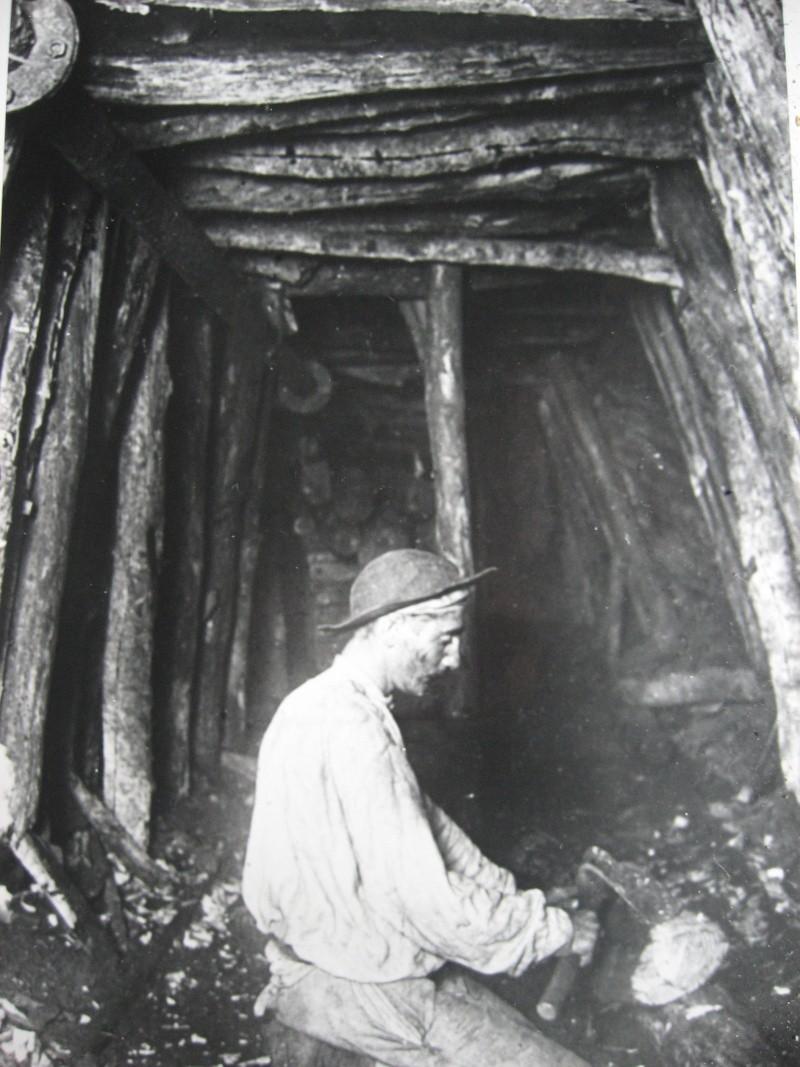 le patrimoine minier - Page 5 01911