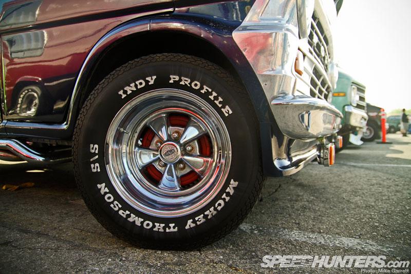 Van Chevy 75 (Vantasy) terminé - Page 4 Mooney10