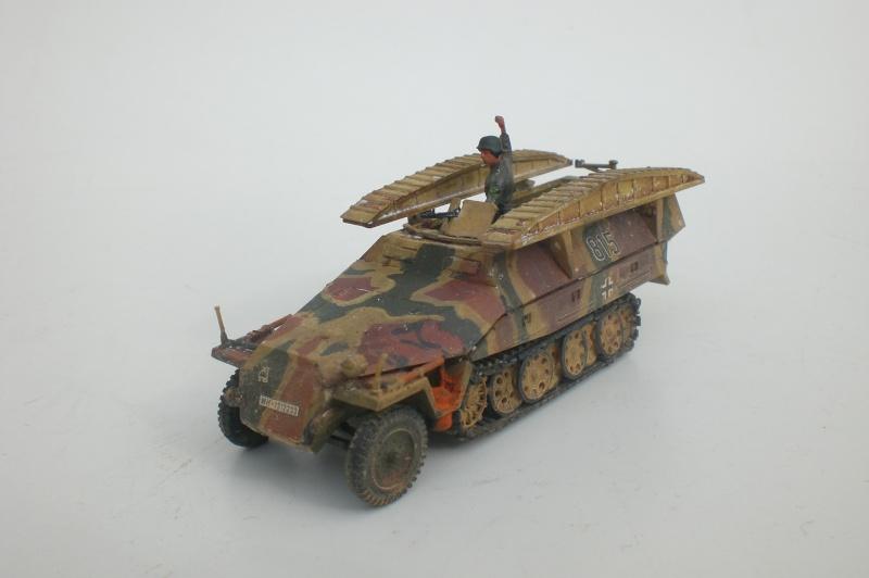 Es ist kein Mensch, es ist kein Tier. Es ist ein deutscher Panzergrenadier!  - Seite 2 Cimg4819