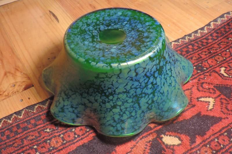 Green Lustre 8 Ruffed Fruit Bowl - Loetz Creta Papillon? Dscn5113