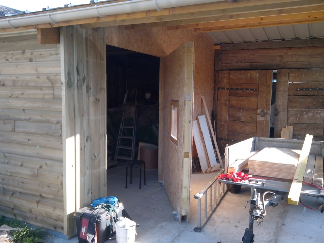 mon nouvel atelier - Page 2 Img_2042