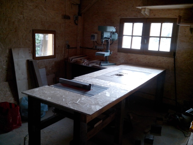 mon nouvel atelier - Page 4 Img_2074