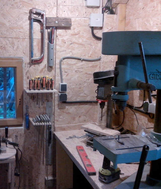 mon nouvel atelier - Page 4 Img_2095