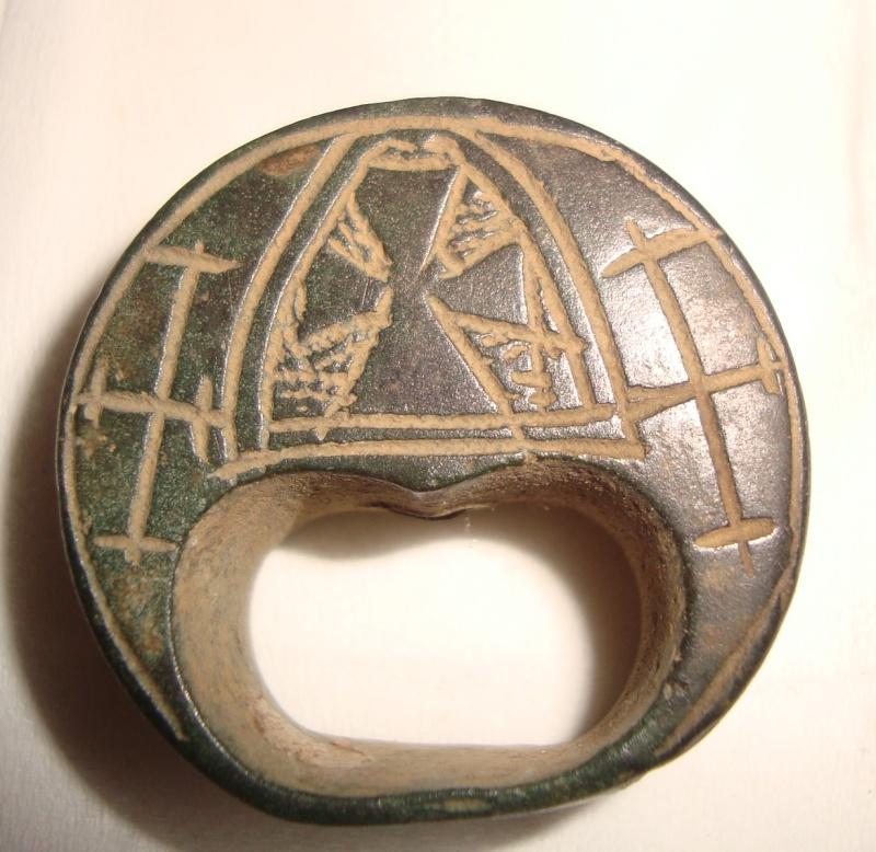 Résolu : Objet bronze médiéval peu commun àidentifier : Pommeau XIIIème A110