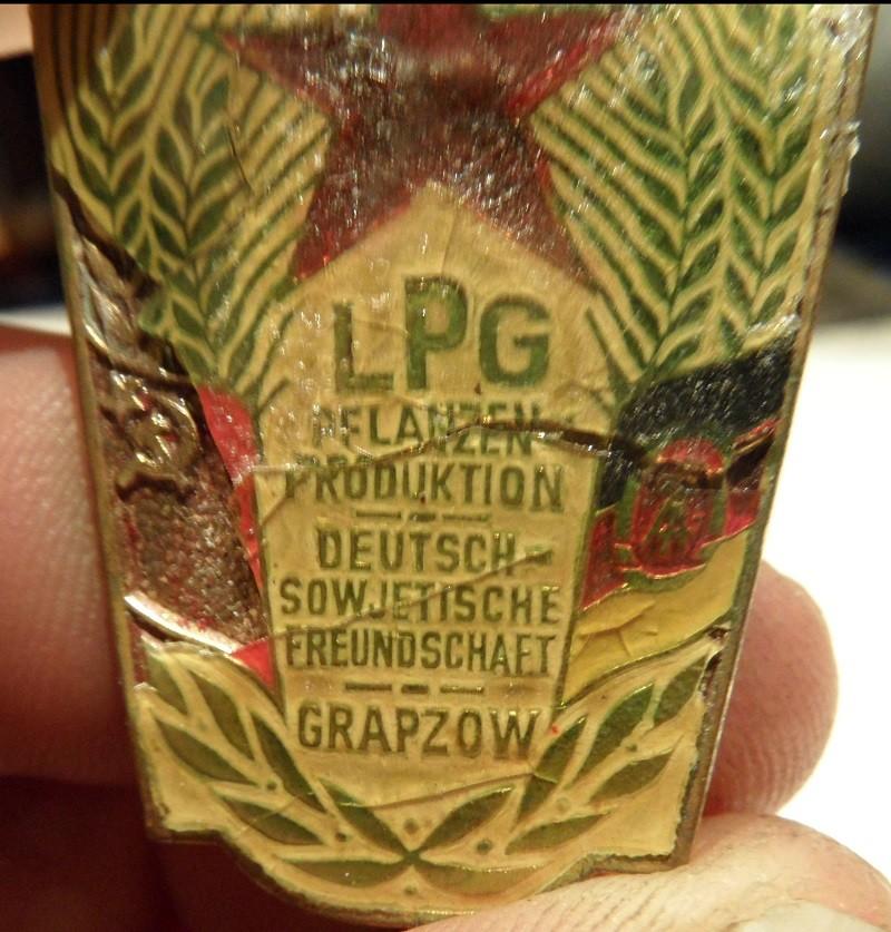 """LPG """"Roter Oktober"""" verschiedene Fahrzeuge im Design dieser LPG - Seite 2 001-1610"""