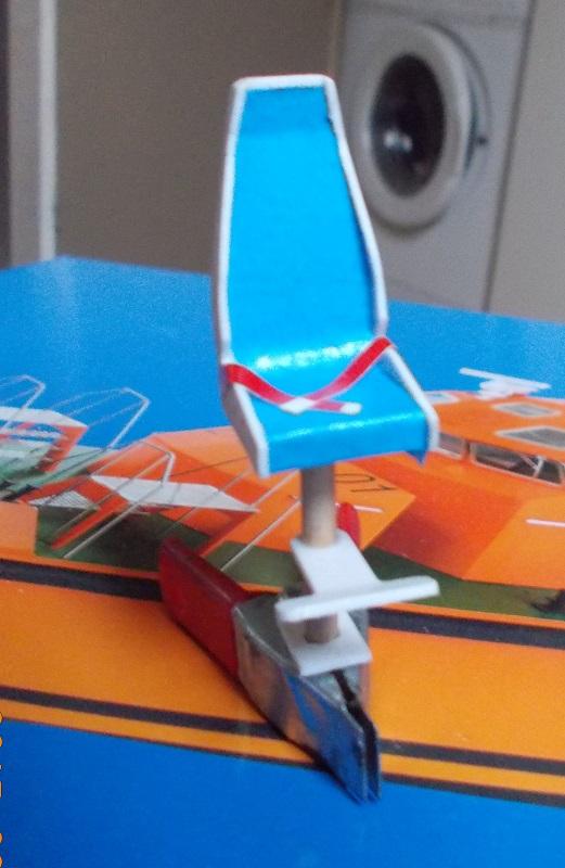 Bateau Pilote Kit Aero-Naut au 1/25 Dscn0011
