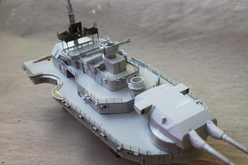 Vom Fahr-zum Standmodell - Amati Bismarck Img_3016