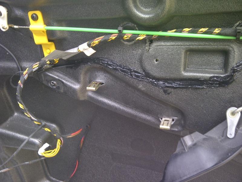 Tuto Démontage Mécanisme vitre électrique arrière Img-2076