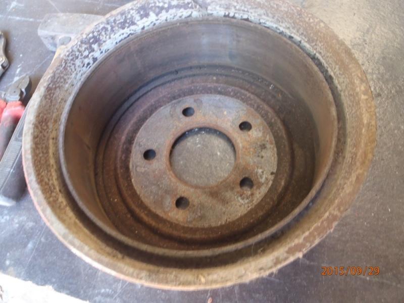 Déséquilibre freins arrières S2 P9290013