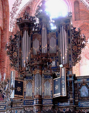 Dietrich Buxtehude (1637 - 1707) - Oeuvres pour orgue - Page 2 Helsin10