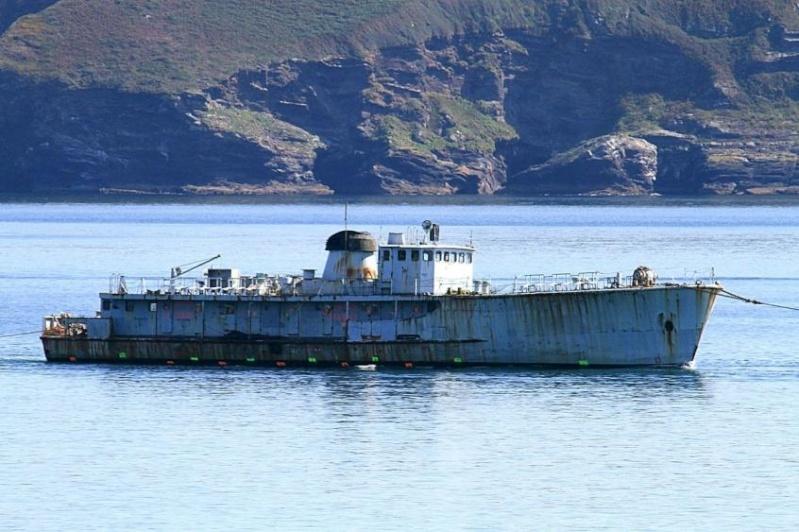 [Autre sujet Marine Nationale] Démantèlement, déconstruction des navires - TOME 2 - Page 5 20150910