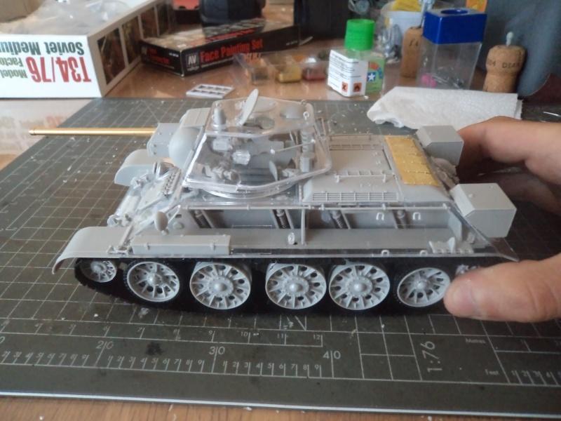 T34/76 Model 42/43 No.183 [AFV Club 1/35] -Terminé- Dsc03422