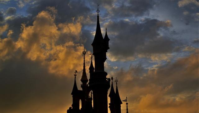 Vos photos nocturnes de Disneyland Paris - Page 6 New_im10