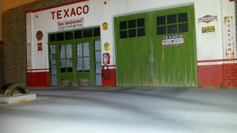 Station service Texaco 1/18 20150922