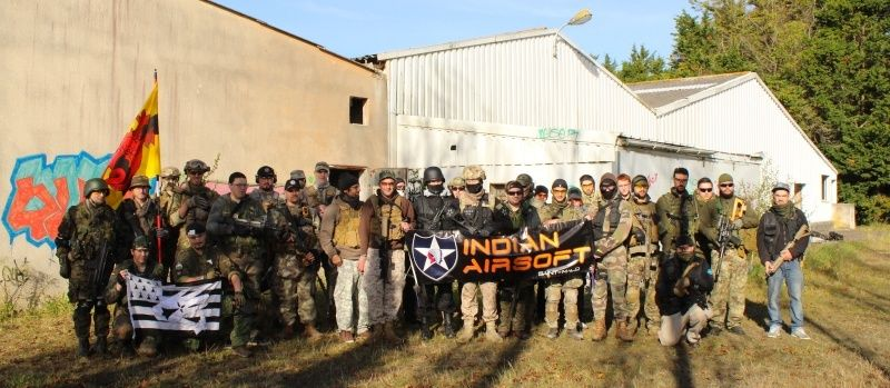 Indian's Vitrine 7-15_g12