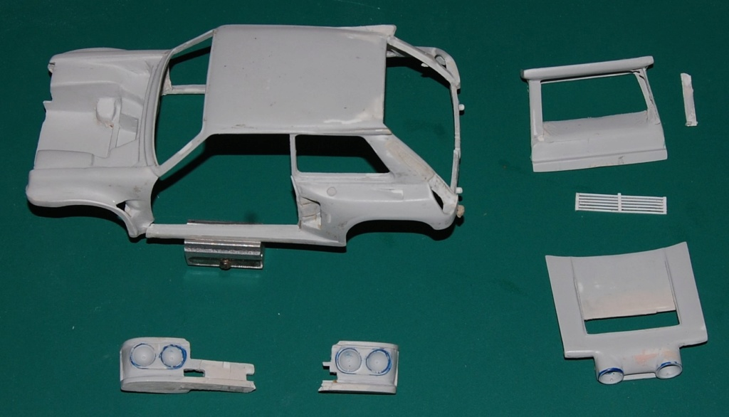 (1/24) Renault 5 Maxi turbo Ref 80717 ( Hors delai ) - Page 13 Dsc_0016