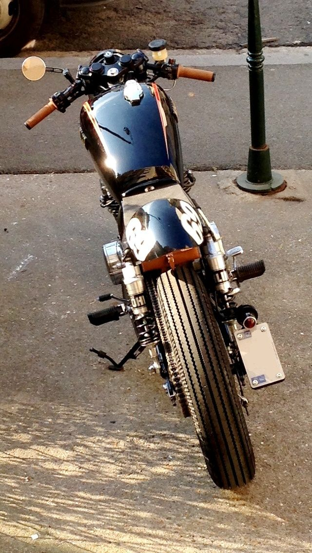 ...d'un 400XS Custom à un 400XS Cafe Racer !! - Page 43 Img_5817