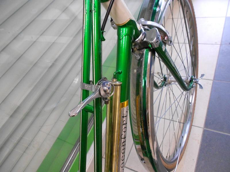 Motobecane dame vert métalisé CD3 1968 Dscn1810