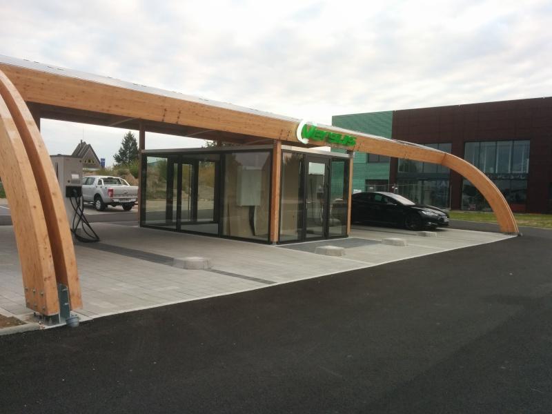 """Station de recharge  """"VERSUS"""" à Haguenau 2015-011"""