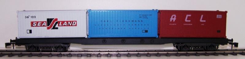 Les wagons plats porte-container de 20 pieds de Lima. Acl_110