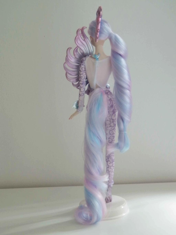 Les Barbies de collection de Kaoru ^^ - Page 3 P9080514