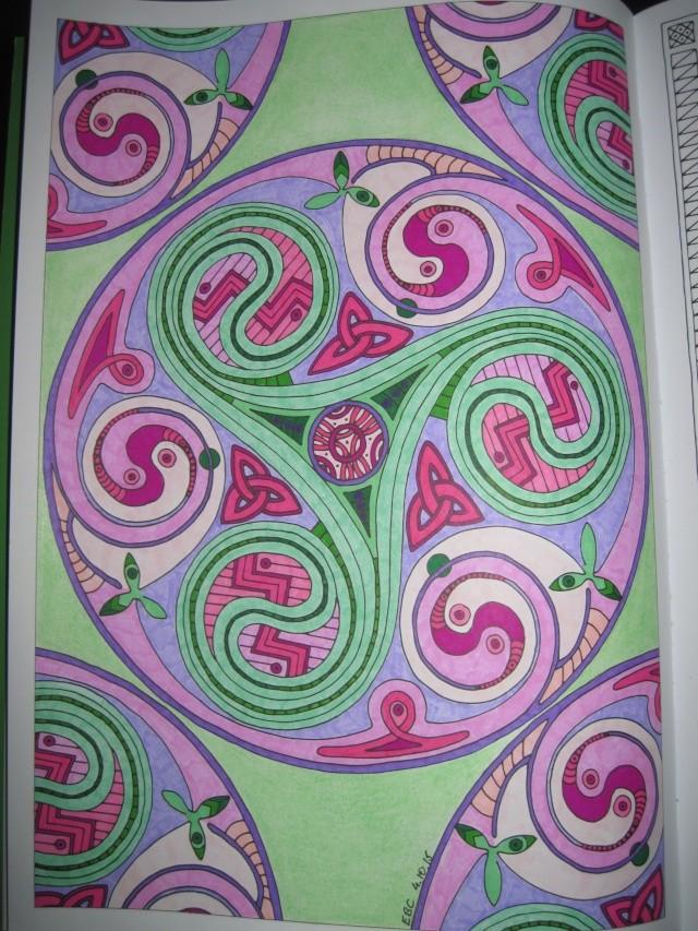 je vous montre enfin (coloriages) - Page 2 Img_6518