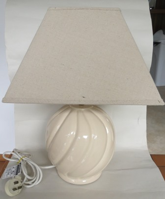 Pink Halls Industries lamp base. Halls_14