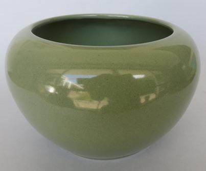 marks - for gallery Putauru green bowl vase Putaru10