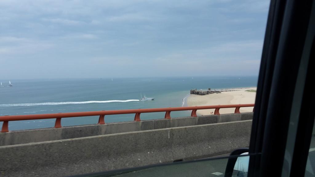 Essai d'une vedette sur la plage de Sablanceaux 20200911