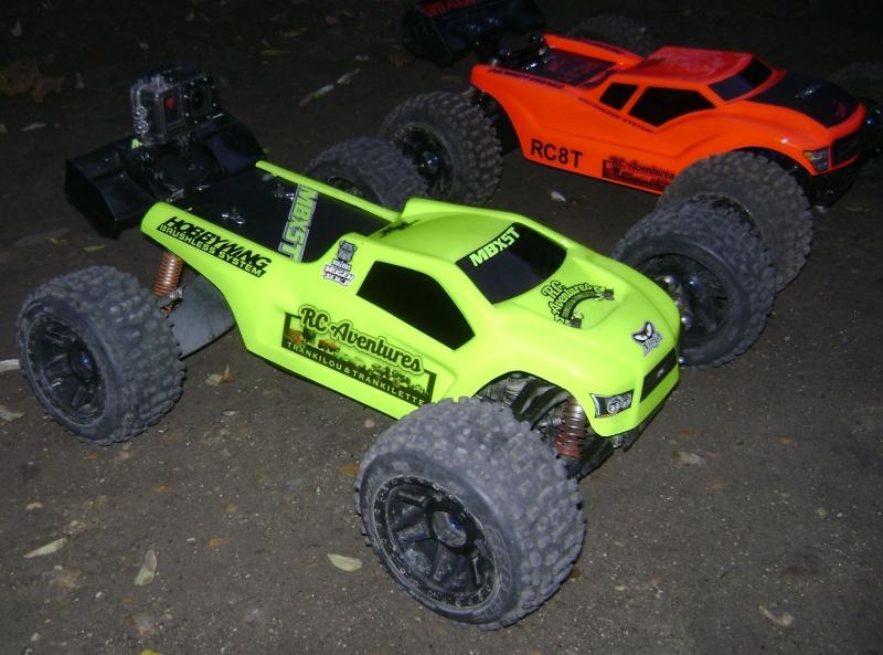 Les  Mugen MBX5R & MBX5T - pas comme les autres de Trankilou & Trankilette - Page 2 Photo706
