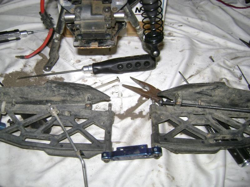 Les  Mugen MBX5R & MBX5T - pas comme les autres de Trankilou & Trankilette - Page 4 Photo744