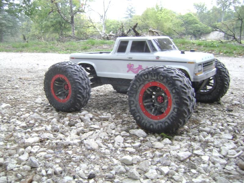 Mon nouveau jouet : Traxxas Summit 1/8 - réglé et prêt à rouler - Page 9 Photo815