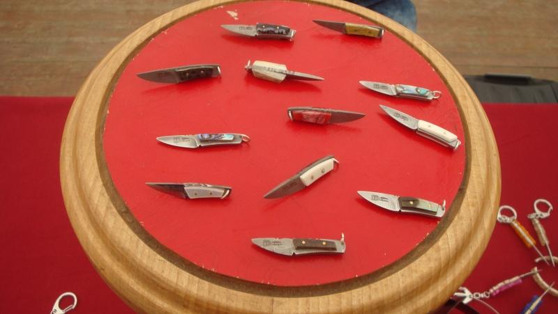 salon du couteau la Monnerie - Page 3 Dsc07832