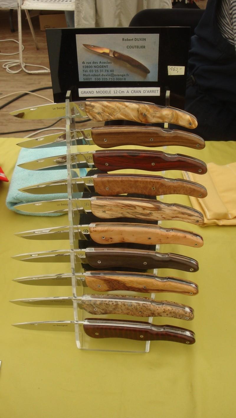 salon du couteau la Monnerie - Page 4 Dsc07858