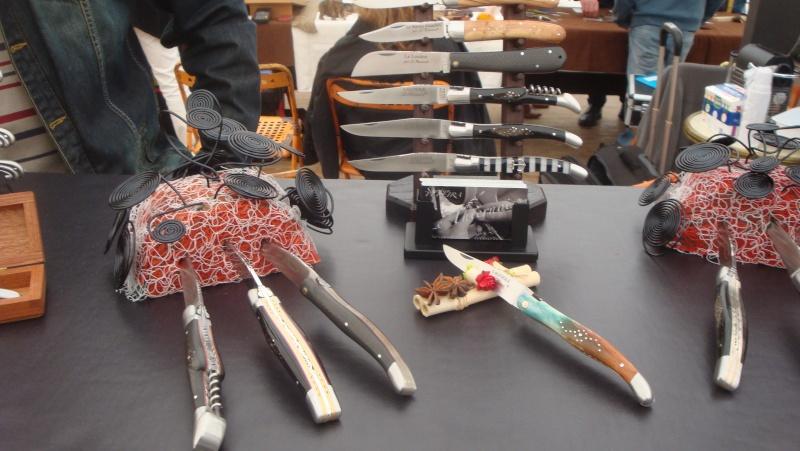 salon du couteau la Monnerie - Page 4 Dsc07874