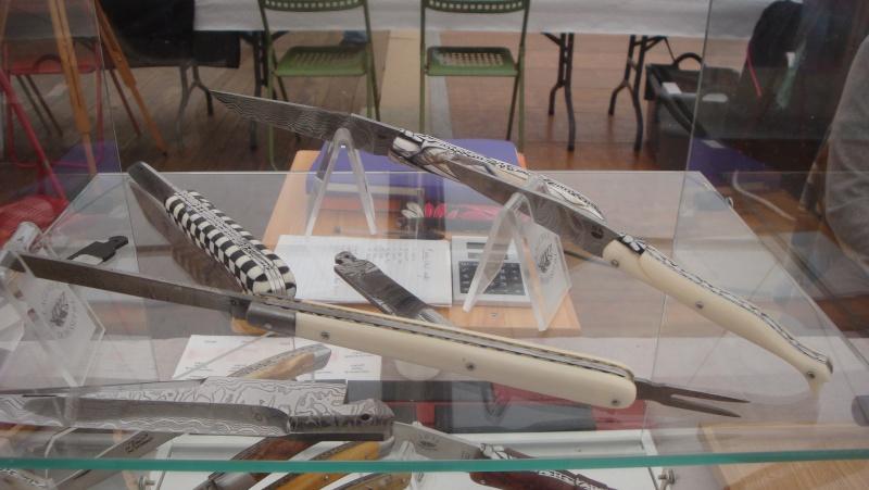 salon du couteau la Monnerie - Page 4 Dsc07881