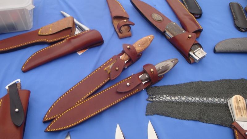 salon du couteau la Monnerie - Page 4 Dsc07892