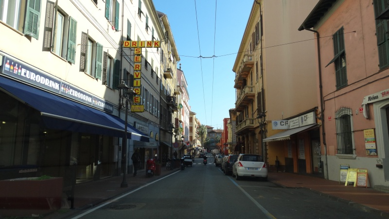 En route vers Vintimille (Italie) Dsc03518
