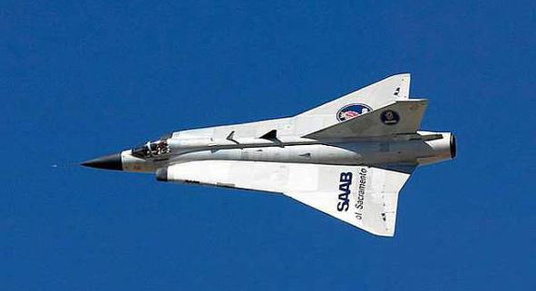 "J35 Draken ""big scale"" disponible 24414f10"