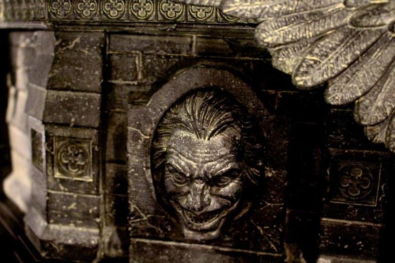 Batman Arkham Origins - Batman Noel Costume 1/3 Statue 12032114