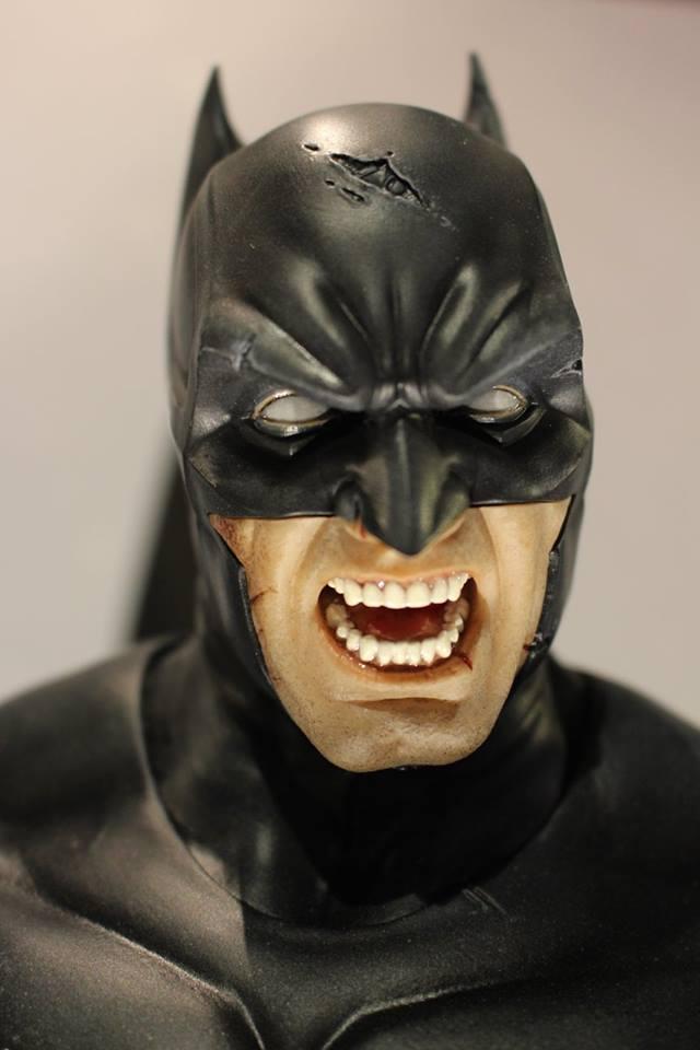 Batman Arkham Origins - Batman Noel Costume 1/3 Statue 12074711