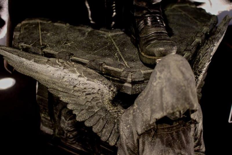 Batman Arkham Origins - Batman Noel Costume 1/3 Statue 12122411